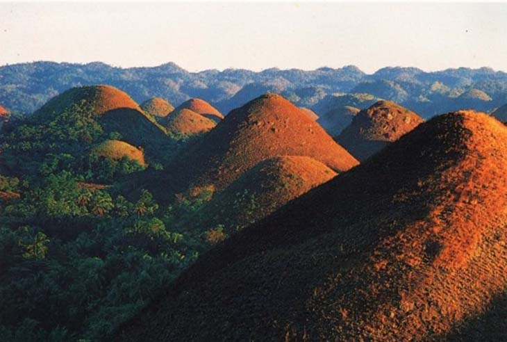Бохоль Шоколадные холмы