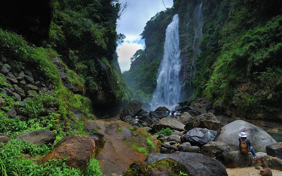 Водопад Бомод-Ок