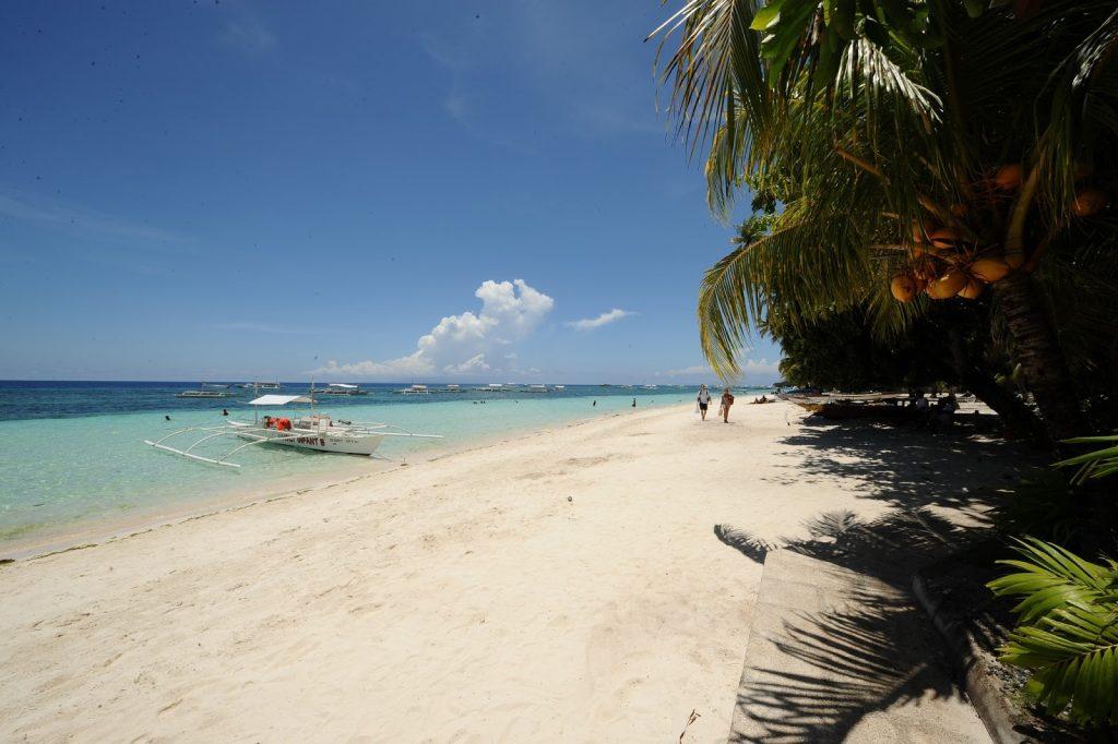 alona_tropical_beach