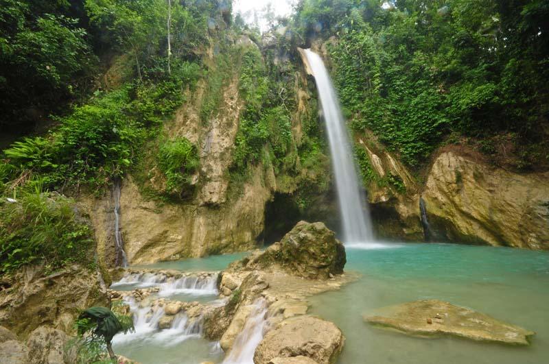 ginatilan-inambakan-falls-2