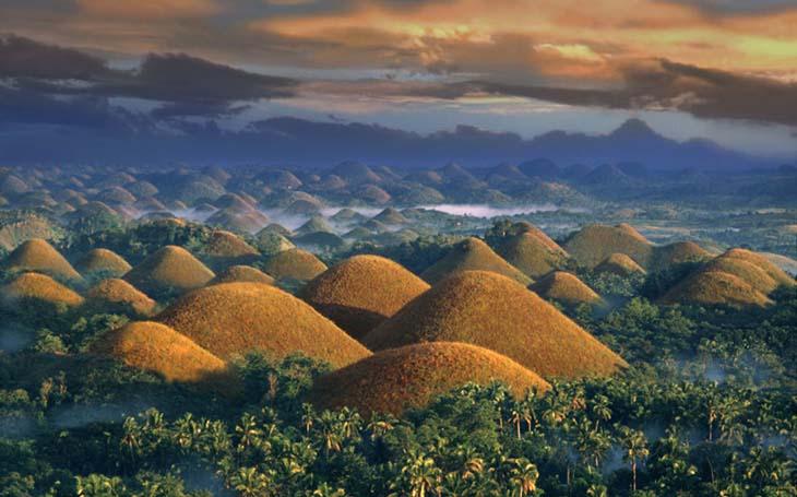 Шоколадные холмы. Происхождение